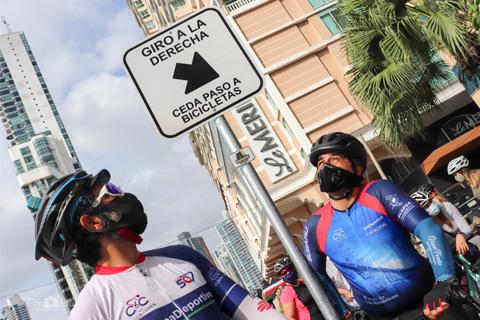 Panamá en Bici inicia colocación de Señalizaciones en el País, de la mano de la Autoridad de Tránsito.